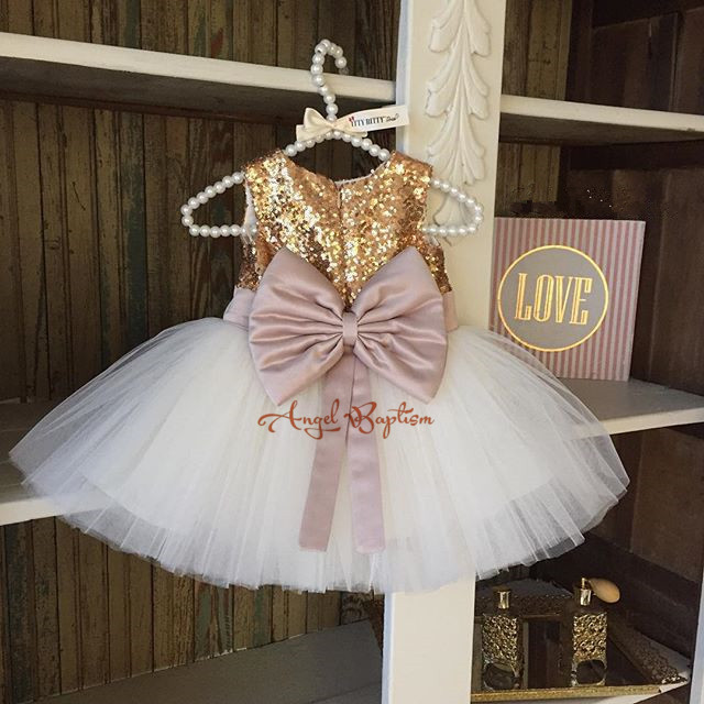 ФОТО 2016 New Cute Golden sequined Flower Girl Dresses baby little girls ball gowns dresses with Big bow for one year Birthday dress