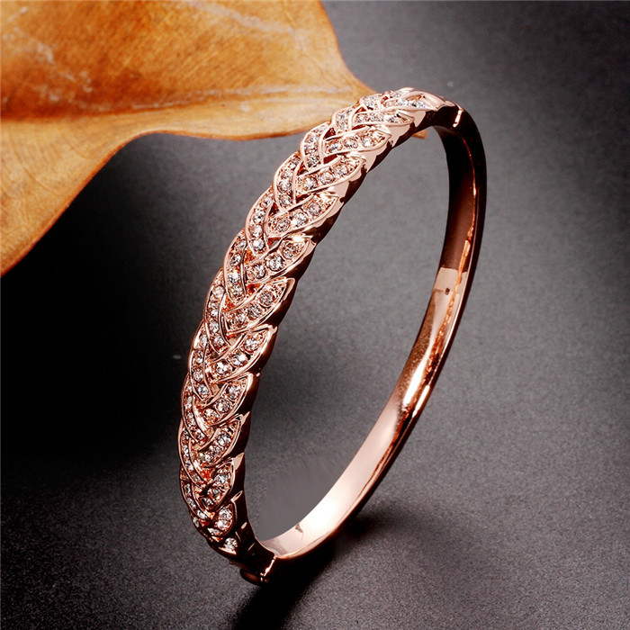 Free Shipping Spring Charming And Fashion South Indian Alloy Gold