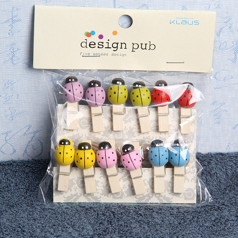 12 Pcs/Set Lovely Colored Ladybug Wooden Clip Photo Clips Party Decoration Clip With Hemp Rope