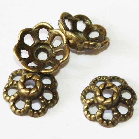 40 pcs Antique bronze bead caps