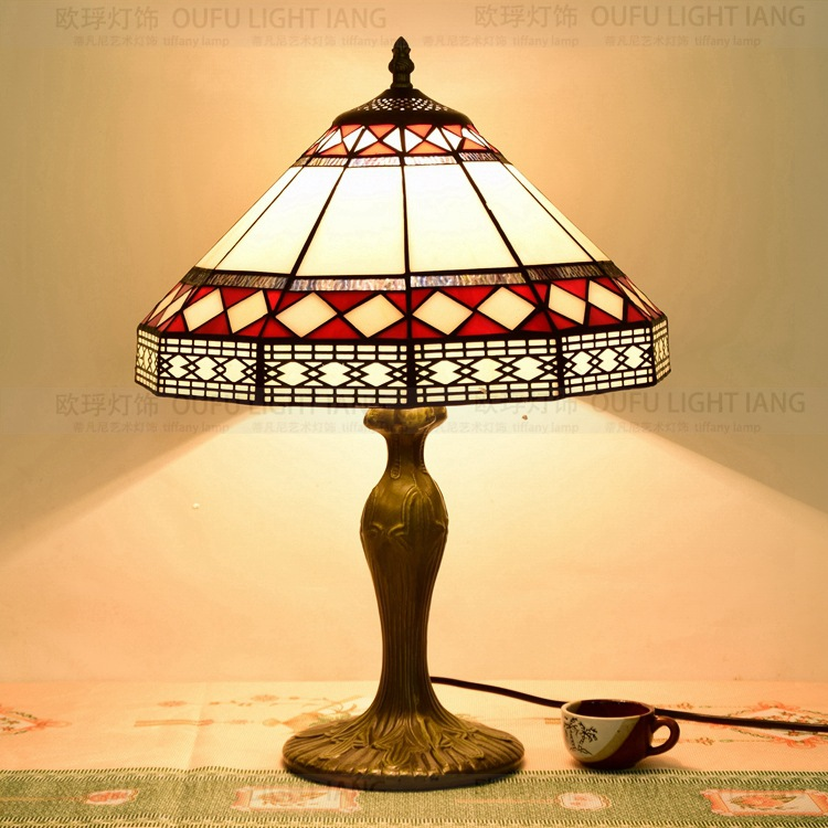 35CM European simple Tiffany color glass personality decorative dining room table lamp bedside lamp35CM European simple Tiffany color glass personality decorative dining room table lamp bedside lamp