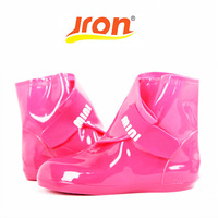 3 Colors New Fashion Overshoes Women Rubber Shoe Cover Skid Resistance Waterproof Thicken Heel Rain Shoe For Woman High Quality