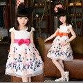 2016 новинка детей носить платье без рукавов цветок с бантом марля вышивка платье принцессы летом 3 - 10 г бесплатная доставка