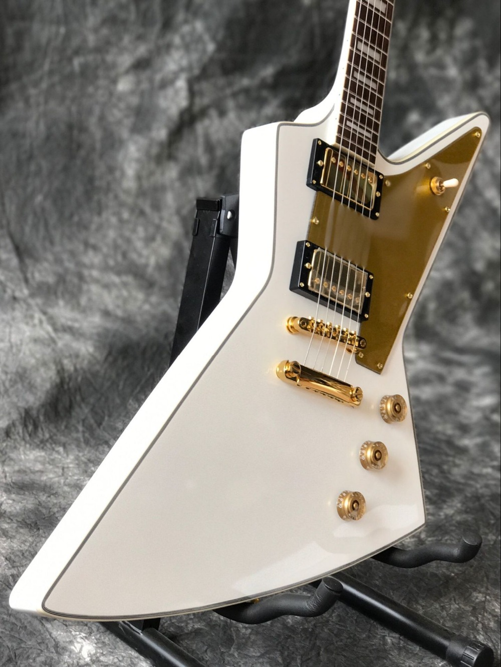 Factory shop gitaar, rosewood figerboard guitarra Custom Chibson 2 Open Humbucke Explorer White Electric guitar