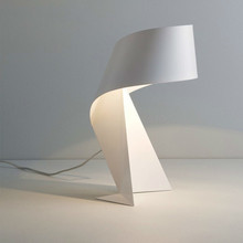 Modern Minimalist Black and White Origami Table Lamp E27 LED Decorative Light for Living room table