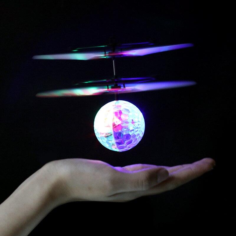 Light-up Toys iluminação colorida voando brinquedo antstress Material : Plástico