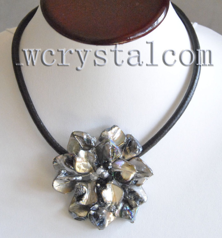 Black Baroque Shell Pearl One Flower Bloom Necklace