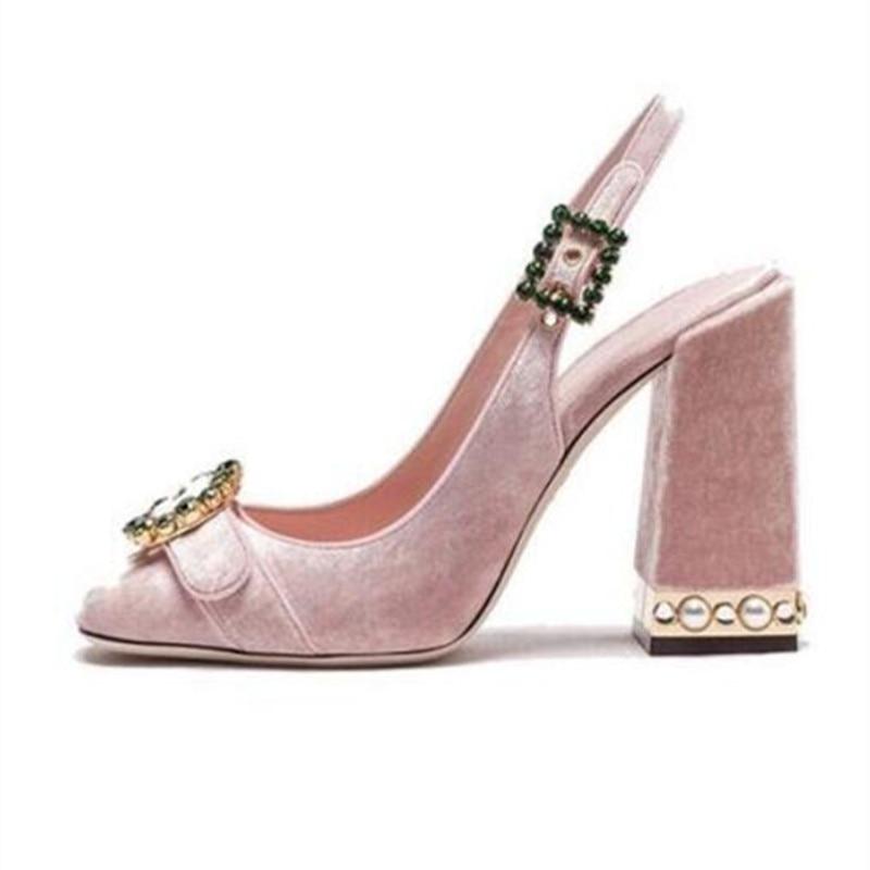 Nuevo 2018 marca pista sandalia dedos redondos Diamante de imitación hebilla Slingback gladiador sandalias mujeres vestido de fiesta zapatos-in Zapatos de tacón de mujer from zapatos    1