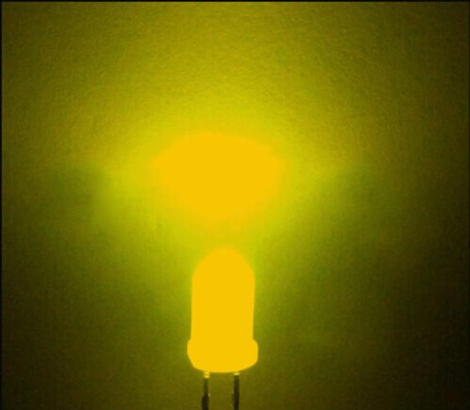 50pcs 3mm YELLOW Round Superbright LED Light LED lamp NEW
