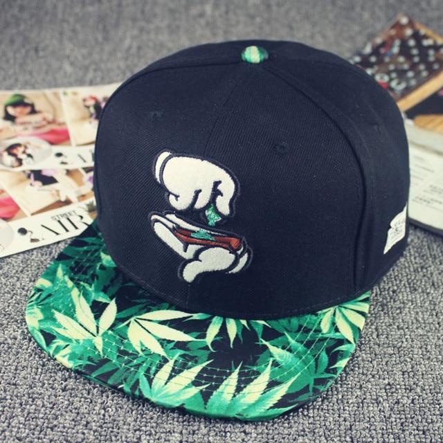 Nueva moda hombres mujeres gorra de algodón bordado gorra de béisbol negra  hoja Snapback sombreros verano f100847aad1