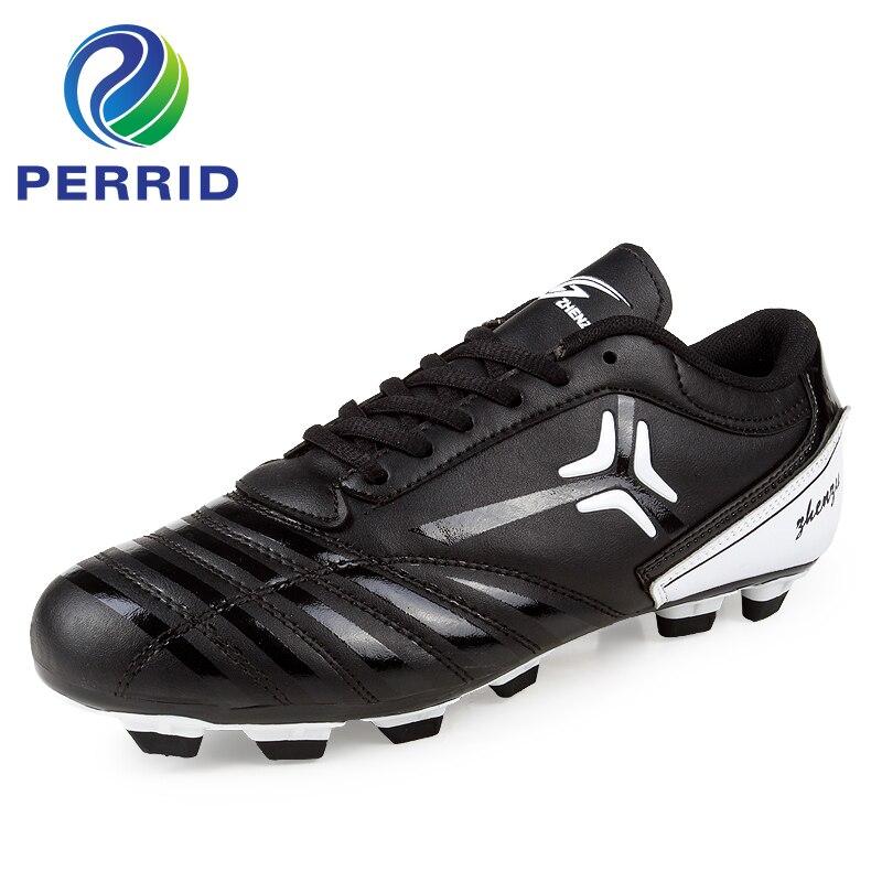 Botas de futebol Brasil Estilo Popular Homens Sapatos De Futebol Juvenil de  Boa Qualidade 35-44 Tamanho Preto Sapatos de Futebol Chuteiras de futebol 6196fa8fa25ef