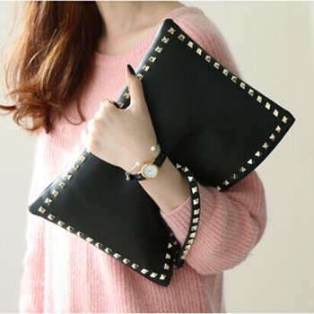 High Quality Big Women Clutch Bag Black leather Vintage Envelope Stud Lady office Women Rivet hand bag sac a main Day Clutches