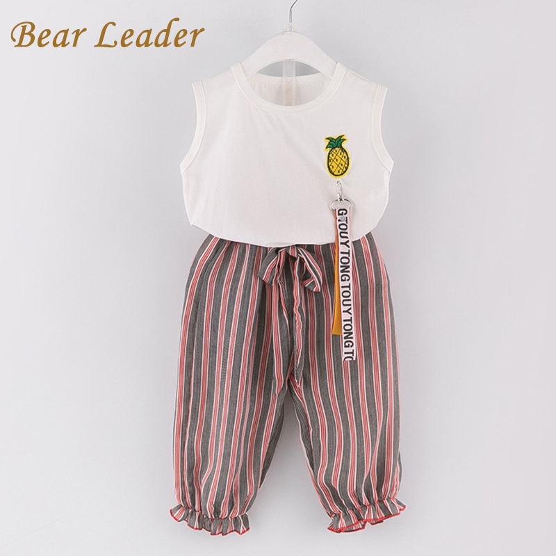 цена  Bear Leader Girls Clothing Sets 2017 New Girls Clothes Sleeveless Pineapple T-shirt+Striped Pants 2Pcs for Children Clothes  онлайн в 2017 году