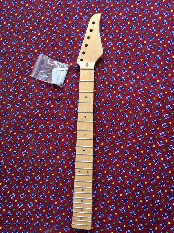 Guitar Neck for ST style Replacement maple 22 Fret maple Fretboard PartGuitar Neck for ST style Replacement maple 22 Fret maple Fretboard Part