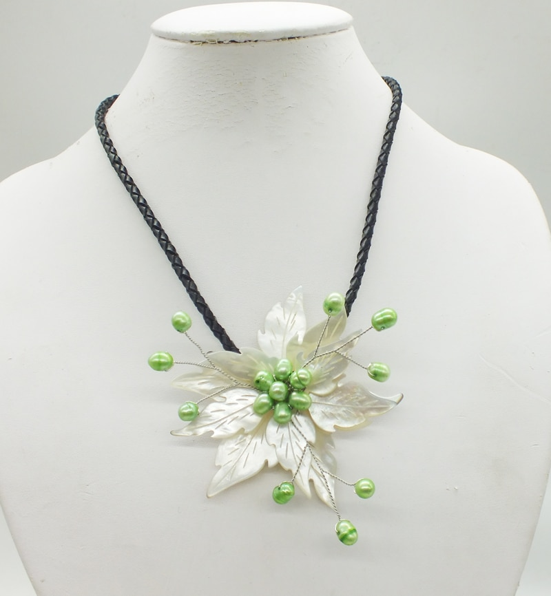 2018-12-18-11.46#  Like, you buy it  ! ! Last necklace  shell.pearl  flower necklace
