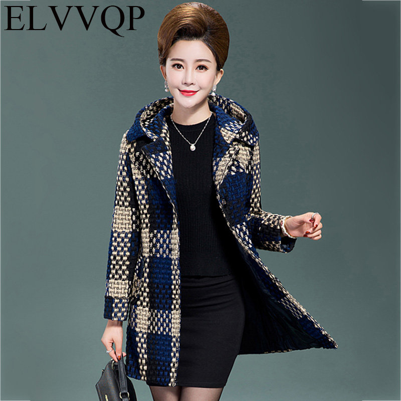 Plus Size XL-5XL 2018 Spring And Autumn Fashion Aged Plaid Hooded   Trench   Coat Middle-aged Woman Mother Outerwear W LF341
