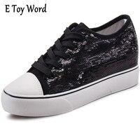 Eของเล่นคำแฟชั่นเลื่อมลูกไม้ขึ้นผู้หญิงรองเท้าลำลองสีดำสีขาวเดินรอง