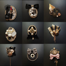 Vintage Baroque Court Wind Badge Fringe Brooch Fabric Knitting Bow Drill Coat Sweater Accessories For Woman цена