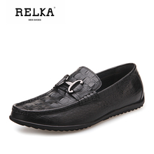 Купить с кэшбэком RELKA Vintage Men Spring Casual Shoes High Quality Genuine Leather Round Toe Comfortable Shoes Solid Buckle Luxury Men Shoes P23