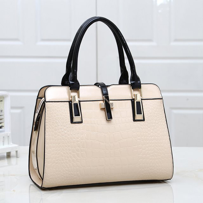 hot women's Crocodile handbag shaping bag handbag bag 2017 beige glossy women's japanned leather bag messenger bag