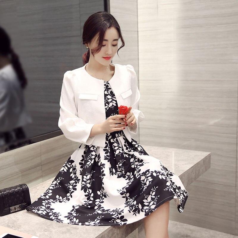 Fit Feminino D'impression Blazer Costume Contraste Femmes Mode Noir 9828 Lxf2 Blanc Court Terno Robe Slim Couleur Printemps Et White Nouveau Feuille 2018 aq4wz7