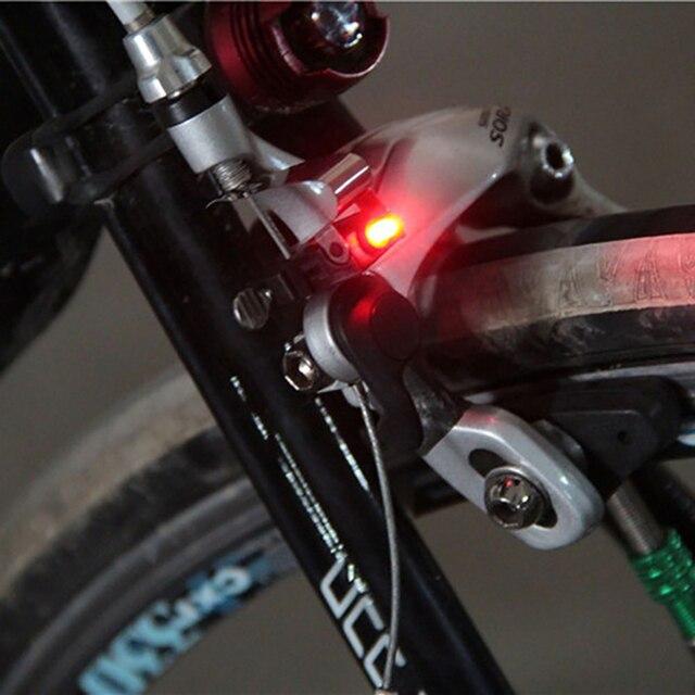 Lumière LED en plastique haute luminosité, Mini-frein Portable, support de bicyclette à montage sur la queue, cyclisme à larrière, haute luminosité, garniture rouge étanche
