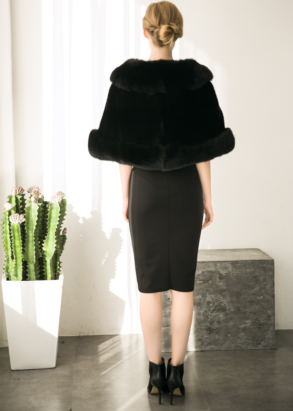 Europe and America autumn and winter new imitation fur bride dress bridesmaid fur shawl cape coat (6)