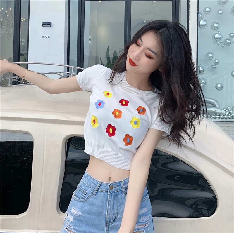 Short Sleeve Knit Embroideried Flower T-shirts Women Sweet Cropped Tshirt Girls O-neck Chic Crop Tops For Female Summer