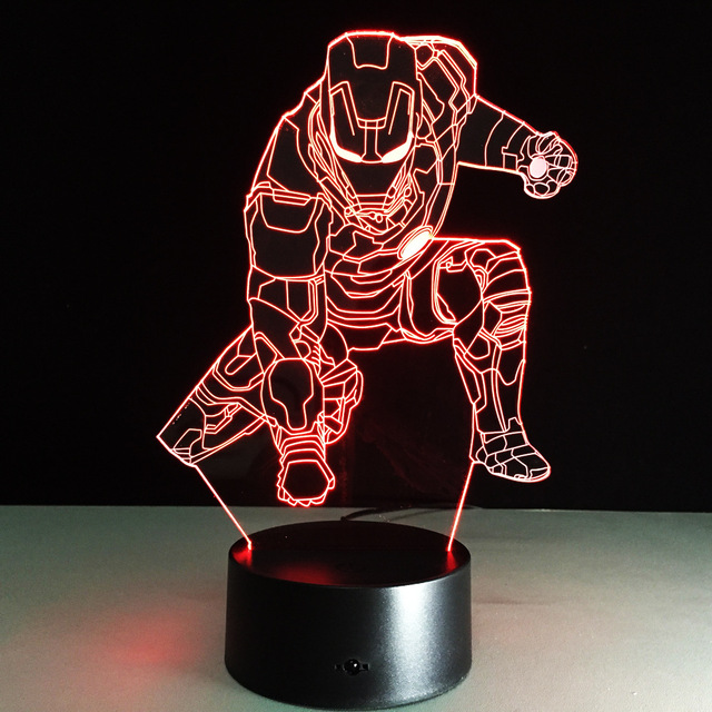 3D 7 Humor Mudando de Cor Lâmpada de Flash Brinquedo Capitão América Ironman Spiderman Batman homem de ferro Figuras Partido presente do Dia Das Bruxas lampada