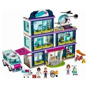 Image 2 - CX 01039 932Pcs דגם בניין ערכות תואם עם בנות חברים 41318 לב אהבת אגם בית חולים 3D לבני איור צעצועים