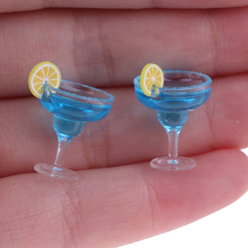 Mini 2Pcs Resin Cocktail Cup Simulation Drink Glass Model Toy Doll House Decoration Scale 1/12 Dollhouse Miniature Accessories