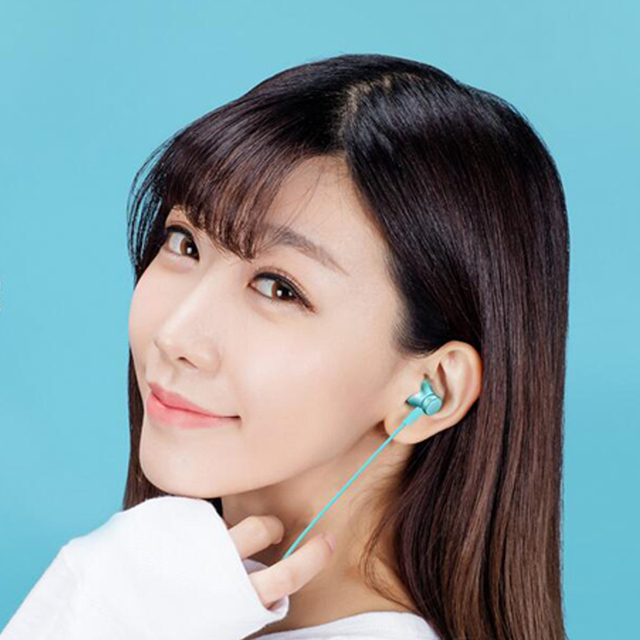 100% Original Xiaomi Earphone In -ear Earphones Piston Fresh Version colorful Earphones with Mic For Mobile Phone MP4 MP3 PC