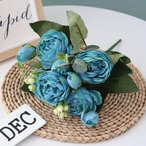 Image 3 - 5 cabezas grandes/ramo de peonías artificiales, ramo de peonías de seda, 4 flores de brotes, decoración del hogar de boda, flor de peonía Rosa falsa