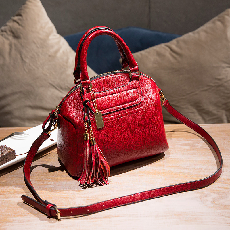 e47d590290da4 European and American Style Famous Brands Tassels Women s Genuine Leather  Handbags Women Shoulder Crossbody Bag Shell Bag Ladies-in Shoulder Bags  from ...