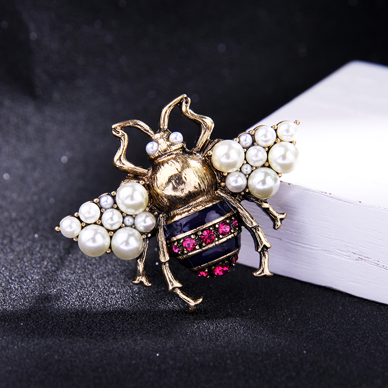 JOOLIM 2017 Vintage Simulated Pearl Bee Pin Brooch Antique Pin Women Brooch Pin Costume jewelry Free Shipping in Brooches from Jewelry Accessories