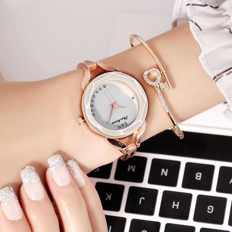 Fashion Ladies Watches Bracelet Student Women Watch Brand Alloy Quartz Wrist Watches Casual Gift For Women Montre Femme fashion women watches funny comment women men wrist watches who cares im already late ltter print ladies gift 2017 hot selling