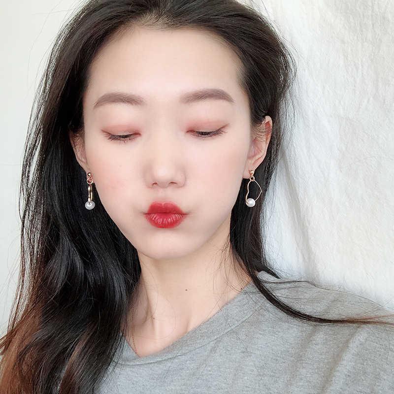 Korean Charm Pearl Love Heart Earrings for Women Girl Fashion Cute Heart Drop Earring Elegant Female Earring Brinco Jewelry Gift