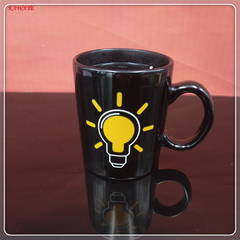 1Pcs Light Bulb Color Changing Mug Color Change Coffee Mug Sensitive Morphing Mugs Temperature Sensing Birthday Gift 5ZDZ338