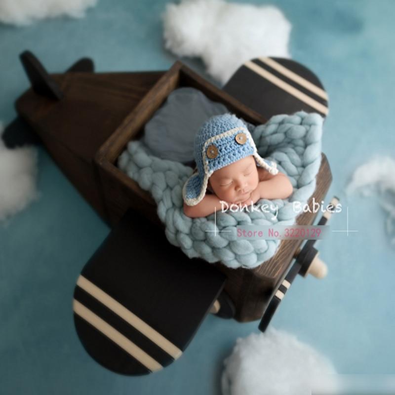 все цены на Creative Wood Aircraft Filler Baskets For Wooden Newborn Photography Props Flokati Baby Boy Photo Shoot Accessories Basket Prop онлайн