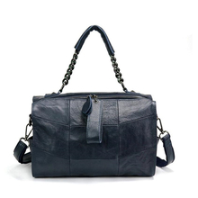 2018 Han Style 4 Color Genuine Leather Travel Women Messenger Bag Fashion First Layer Cow Leather Large Capacity Women HandBags стоимость