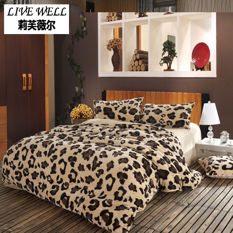 Leopard Flannel Duvet Cover Set Queen Size Fleece Duvet Cover Soft Bedclothes Duvet Cover Quilt Cover+Bed Sheet+Pillow Case 6pcs
