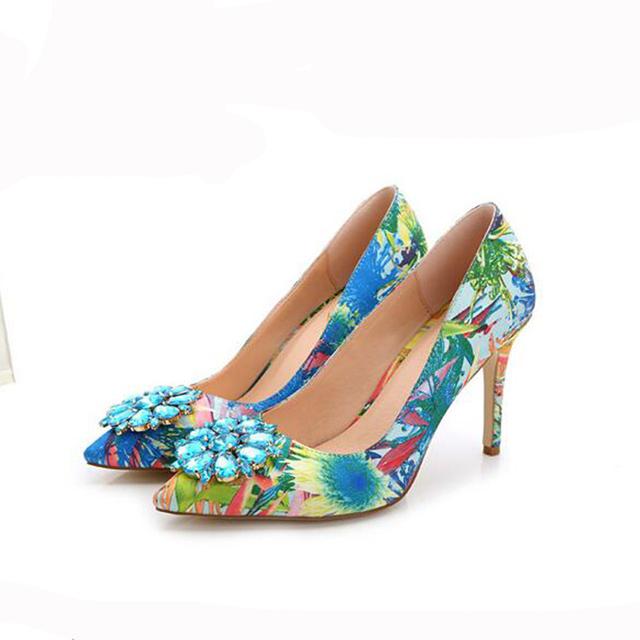 2017 de La Moda de Primavera Señaló Bombas de Las Mujeres Delgadas de diamante de Imitación zapatos de tacón alto de Las Mujeres Zapatos Negro Rosa Tacones Altos Solos Zapatos de Boda XP35