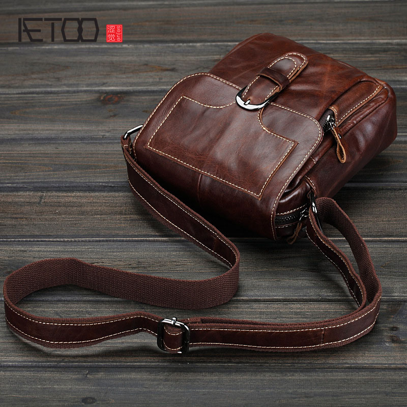 AETOO Men 's leather shoulder  small layer of the first layer of leather, leather, male package, casual bag, Korean wave package aetoo casual fashion shoulder bag leather new female package first layer of leather bags simple temperament leisure travel packa