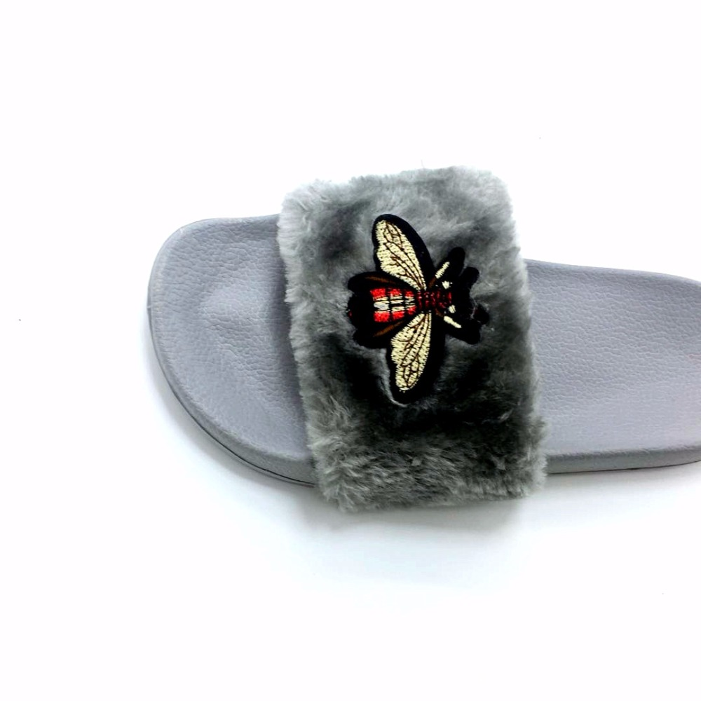 AoXunLong New Bee Slippers Womens Slides Moda Furry Red Home Slippers - Zapatos de mujer - foto 6