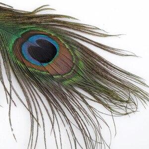"Image 4 - 100 יחידות 25 30 ס""מ קישוטי נוצות עיני נוצות זנב טווס טבעי יפה למלאכה/אמנות/שמלה/כובעים/כלה תלבושות"