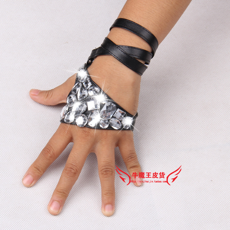 Women's Fashion Hip-hop Ds Acrylic Rhinestone PU Leather Gloves Lady's Bandage Night Club Performace Punk Gloves
