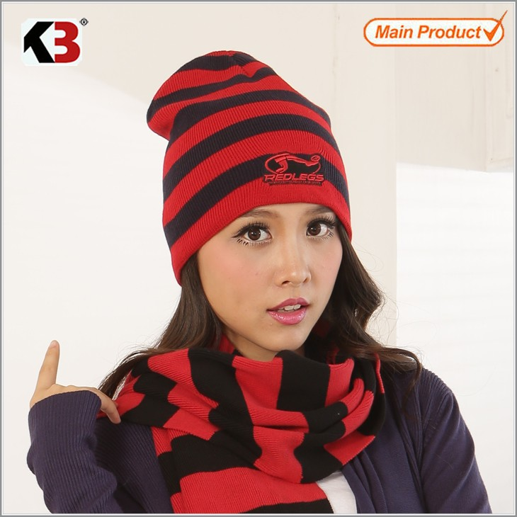 2016  Knitted Red & Black Stripe Winter Hats for Women Striped Beanies Hip-Hot Men\'s Skullies & Beanies