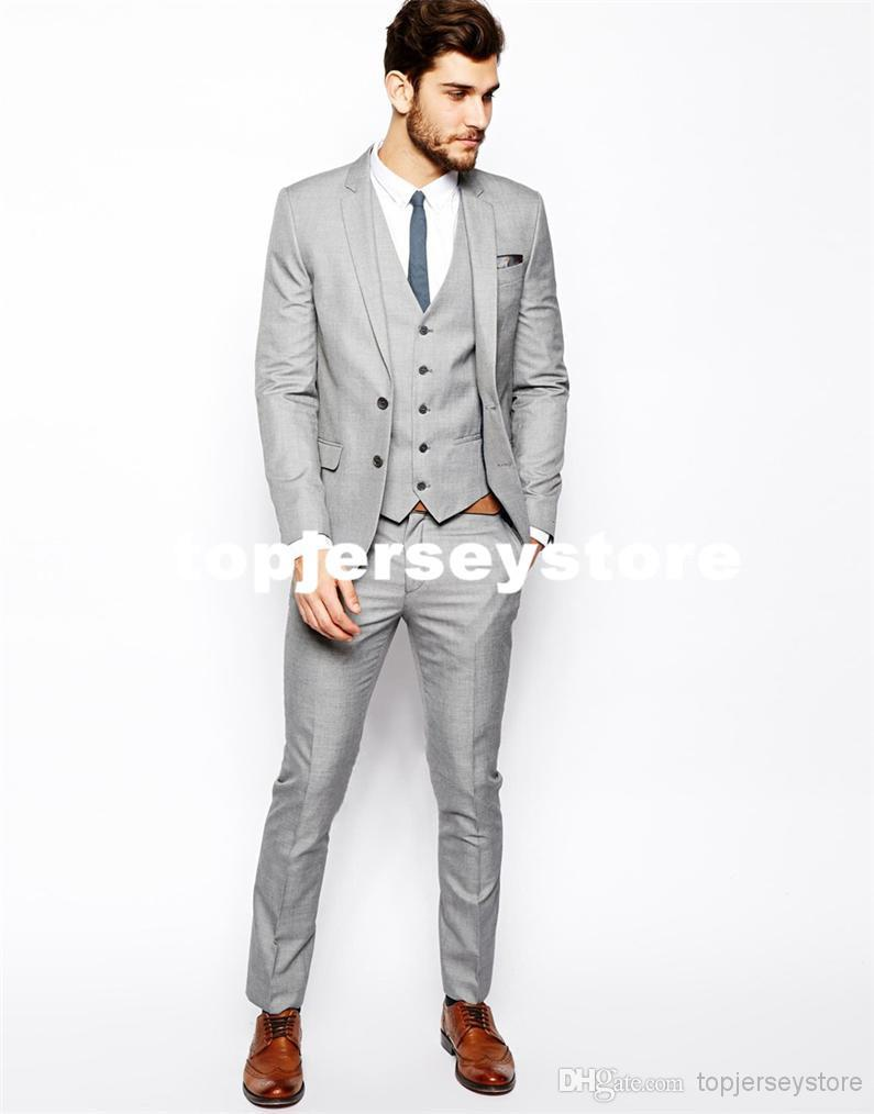 What to Wear to a Wedding: Wedding Outfits for Men and Women 17