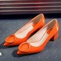 2016 Otoño Mujer Gruesos Tacones Bajos de Cuero Punta estrecha Zapatos Mujer alto Rojo Deslizamiento en Los Zapatos de Vestir zapatos de mujer Señoras Zapatos del barco