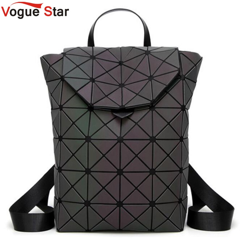 Fashion Women backpack PVC geometric luminous backpack 2018 new Travel Bags for School Back Pack holographic backpacks LB943 2018 hot new travel sack designer backpack women back pack school girl cotton canvas diamond lattice backpacks green oxford bags